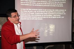 Javier Munilla en el curso de micogastronomia